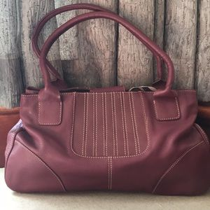 Maxx New York Purple Leather Handbag